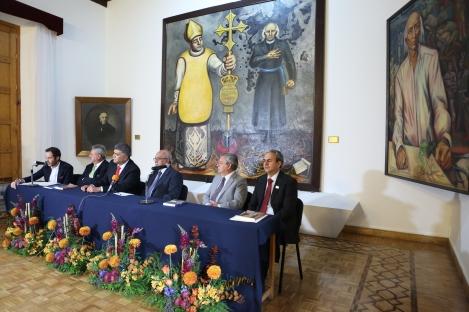 Presentación del Libro 'Alfonso Alvarez Barreiro, Un Empresario del Siglo XX en Michoacán' en la Sala de Rectores del Centro Cultural Universitario de la UMSNH